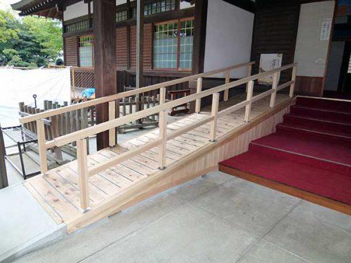 住吉大社(木製スロープ)